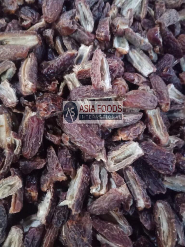 Half Cut Dry Dates- Dry Dates Exporter Pakistan-Dry Dates Supplier in Pakistan-Chuara-Chuhara Brown